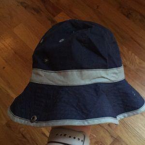 Swim - ADORABLE Swim suit/ body suit and sun hat
